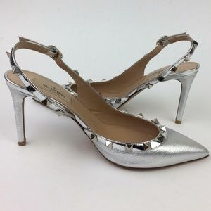 Valentino Garavani Shoes - VALENTINO GARAVANI Valentino Rockstud Slingback
